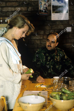 Cathryn Harrison and David Haig in 'Soldier Soldier' - 1990
