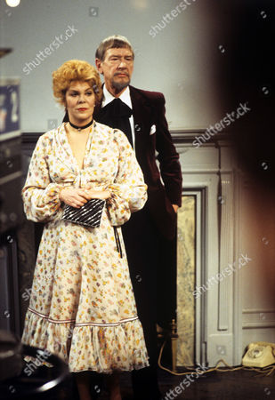 Stock Photo of 'The Old Crowd' -1979 TV play by Alan Bennett and produced by Stephen Frears - Rachel Roberts and Valentine Dyall