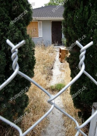 Phillip Garrido, Nancy Garrido, Jaycee Dugard This is the fenced off house in Antioch, Calif., where authorities say Phillip and Nancy Garrido abducted Jaycee Dugard, 11, and drove her to this home and held her prisoner there for 18 years. Phillip Garrido was ordered on Thursday to spend the rest of his life in prison