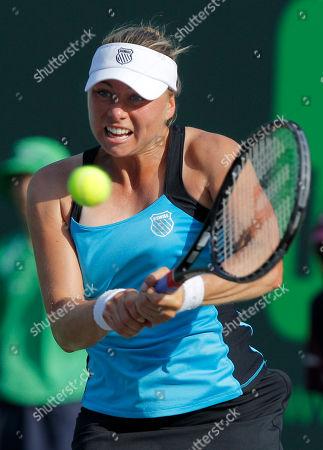 Vera Zvonareva Vera Zvonareva, of Russia, returns the ball to Dinara Safina, also of Russia, at the Sony Ericsson Open tennis tournament in Key Biscayne, Fla