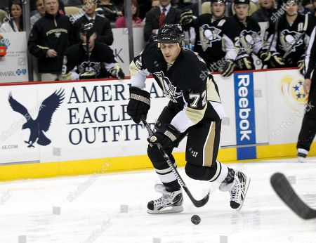 Alexei Kovalev Pittsburgh Penguins' Alexei Kovalev (72) plays in the NHL hockey game between the Pittsburgh Penguins and the Buffalo Sabres, in Pittsburgh