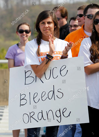 Madeline Smith Madeline Smith attends a rally to show support for Tennessee men's basketball coach Bruce Pearl, in Knoxville, Tenn. The NCAA has charged Pearl with unethical conduct and other recruiting violations after he revealed he lied during an investigation into recruiting