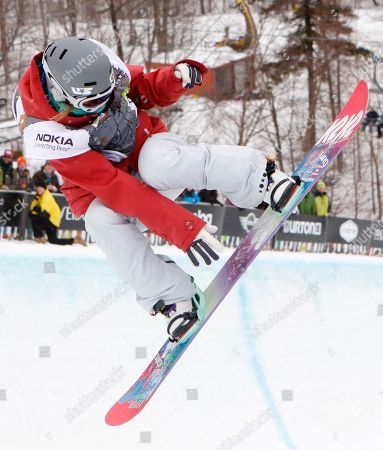 Gretchen Bleiler Gretchen Bleiler of the United States races to a third-place finish in the women's half-pipe at the U.S. Open Snowboarding Championships in Stratton, Vt. on