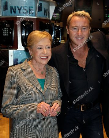 """Mary Higgins Clark, Michael Flatley Author Mary Higgins Clark and Michael Flatley, """"The Lord of the Dance,"""" pose for photos on the trading floor of the New York Stock Exchange, after opening bell ceremonies"""