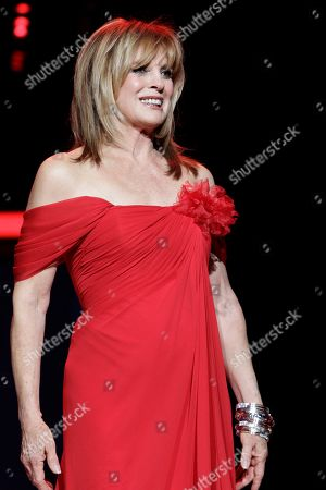 Linda Evans Linda Evans walks the runway during the Heart Truth Red Dress Fall 2011 show in New York