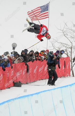 Sarah Burke Sarah Burke of Canada makes her second run during the women's half pipe finals at the freestyle skiing world championships, in Park City, Utah. Burke took fourth in the event