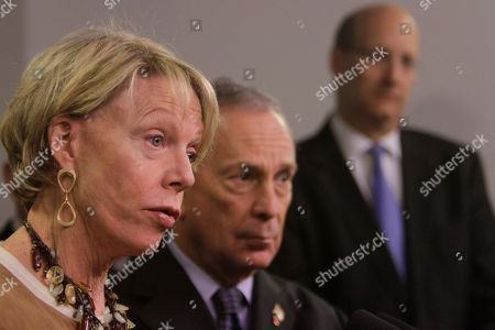 Jay Walden, Michael Bloomeberg, Cathie Black New York City Schools Chancellor Cathie Black, left, is joined by Mayor Michael Bloomberg, center, and MTA Chairman Jay Walden during a news conference to discuss the city's response to the latest bout of snow in New York