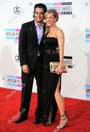 Rich Orosco, Julie Benz Rich Orosco and Julie Benz arrive at the 38th Annual American Music Awards on in Los Angeles