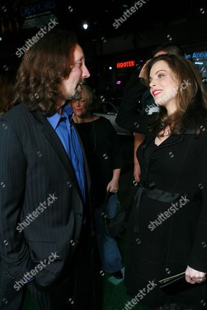 Producer Scott Mednick and Kimberly Williams