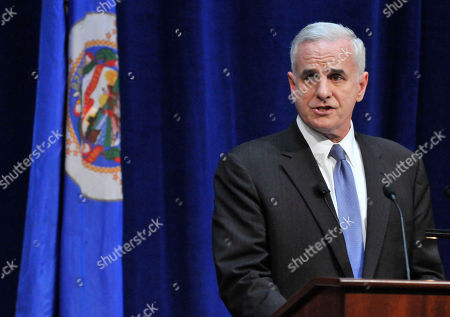 Mark Dayton Minnesota Gov. Mark Dayton address the inauguration attendees after he took the oath of office as Minnesota governor from Supreme Court Chief Justice Lorie Skjerven Gildea in St. Paul, Minn