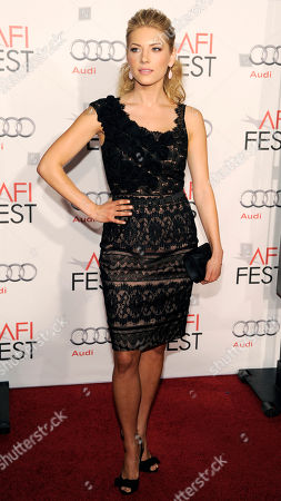 "Kathryn Winnick Cast member Kathryn Winnick poses at the premiere of the film ""Love & Other Drugs"" on the opening night of American Film Institute's AFI Fest 2010 in Los Angeles"
