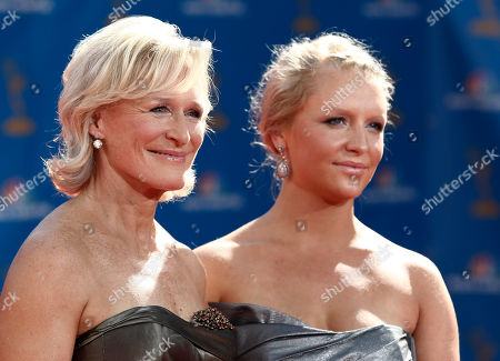 Glenn Close, Annie Stark Glenn Close and her daughter, Annie Stark, arrive for the 62nd Primetime Emmy Awards, in Los Angeles