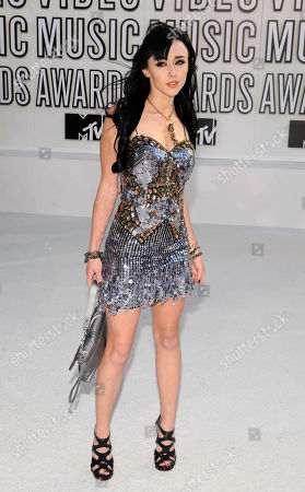 Lauren McKnight Lauren McKnight arrives at the MTV Video Music Awards on in Los Angeles