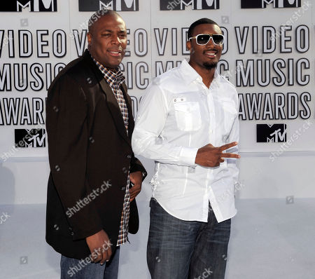 Cedric Ceballos Cedric Ceballos, left, and a guest arrive at the MTV Video Music Awards on in Los Angeles
