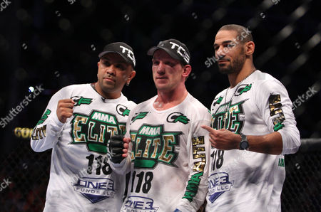 Gray Maynard Gray Maynard, center, celebrates his win over Kenny Florian after their UFC fight at the TD Garden on in Boston, MA. Maynard won via unanimous decision