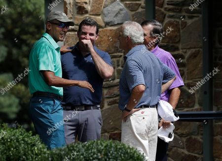 Barack Obama, Kevin Plank President Barack Obama speaks to Under Armour CEO and Chairman Kevin Plank, second from left, and with two others before playing a round of golf at Caves Valley Golf Club in Owings Mills, Md