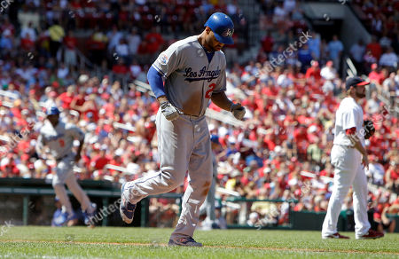 Garret Anderson, Matt Kemp, Mitchell Boggs Los Angeles Dodgers' Matt Kemp, center, earns a walk from St. Louis Cardinals relief pitcher Mitchell Boggs, right, with the bases loaded as Dodgers' Garret Anderson, left, jogs in to score during the seventh inning of a baseball game, in St. Louis