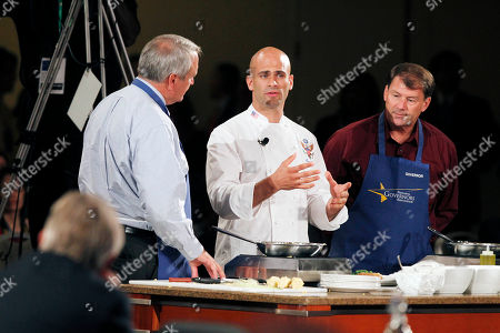 Michael Rounds, Sam Kass, Bill Ritter Colorado Gov. Bill Ritter, left, and South Dakota Gov. Michael Rounds, right, take part in a cooking demonstration with White House assistant chef Sam Kass at the annual meeting of the National Governors Association, in Boston