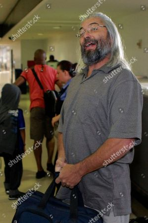 Gary Faulkner Gary Faulkner checks in at a security line at Los Angeles International Airport, in Los Angeles. Faulkner, who went on a solo mission to hunt down Osama bin Laden, is on the final leg of his trip home to Colorado, 10 days after authorities found him in the woods of northern Pakistan with a pistol, a sword and night-vision equipment