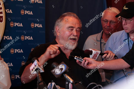 Herbert V . Kohler Jr., chairman and CEO of Kohler Co., speaks at a news conference during the first round of the PGA Championship golf tournament, at Whistling Straits in Haven, Wis