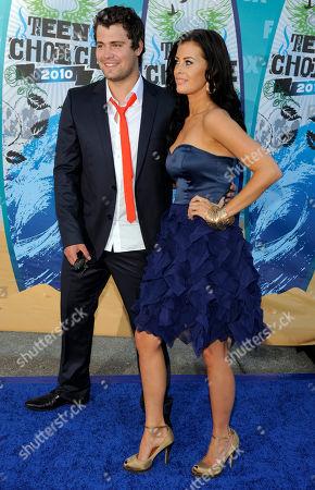 Levi Johnston Levi Johnston and Brittani Senser arrive at the Teen Choice Awards on in Universal City, Calif