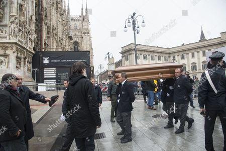 Coffin arrives