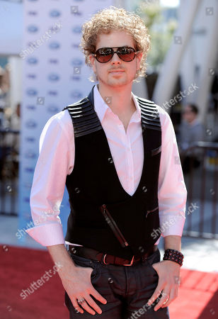 """Scott MacIntyre Scott MacIntyre arrives at the """"American Idol"""" finale, in Los Angeles"""