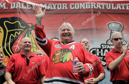 Bobby Hull Former Chicago Blackhawks great Bobby Hull waves to fans during a rally in downtown Chicago, for this year's team's Stanley Cup hockey championship win over the Philadelphia Flyers. Hull played on the Blackhawks' last Stanley Cup winning team in 1961