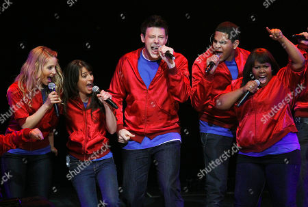 """Dianna Agron, Lea Michele, Cory Monteith, Dijon Talton, Amber Riley From left to right, Dianna Agron, Lea Michele, Cory Monteith, Dijon Talton, and Amber Riley, members of the cast of the popular television show """"Glee"""" perform during a concert to kickoff a national """"Glee"""" tour at the Dodge Theatre, in Phoenix"""