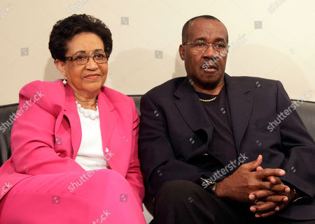 """Sue Coleman, Willie Coleman Sue and Willie Coleman, parents of the late actor Gary Coleman, wait for their interview on the NBC """"Today"""" television program in New York"""
