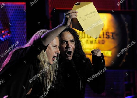 Jerry Cantrell, Mike Inez Jerry Cantrell, left, and Mike Inez of Alice in Chains announce Ronnie James Dio as the Best Vocalist at the second annual Revolver Golden Gods Awards in Los Angeles