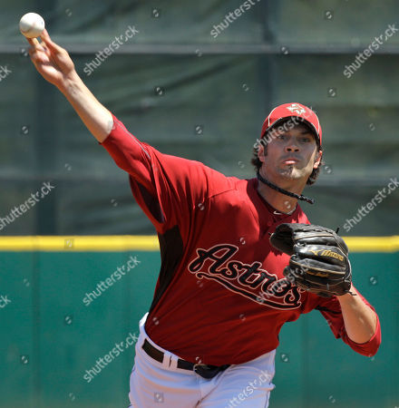 Houston Astros starter Casey Daigle throws during the first inning of a spring training baseball game against the Detroit Tigers on in Kissimmee, Fla