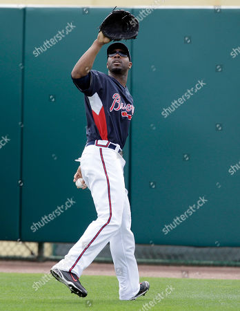Jason Heyward Atlanta Braves outfielder Jason Heyward waits on a fly ball during spring training baseball practice, in Kissimmee, Fla. The comparisons already are out of control for Atlanta Braves prospect Jason Heyward. Chipper Jones says the 6-foot-5 Heyward looks like former Braves first baseman Fred McGriff, only bigger. Eric Hinske says Heyward hits line drives like Cliff Floyd