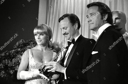 Elke Sommer, Keith Olson, Richard Crenna Presenter for best achievement in sound effects Elke Sommer & Richard Crenna, acceptor of the award in center of picture Keith Olson in April 1948