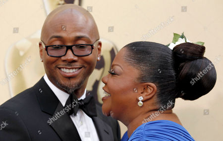 Sidney Hicks, Mo'Nique Mo'Nique and her husband Sidney Hicks arrives during the 82nd Academy Awards, in the Hollywood section of Los Angeles