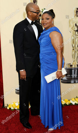 Mo'Nique, Sidney Hicks Mo'Nique and her husband Sidney Hicks arrive during the 82nd Academy Awards, in the Hollywood section of Los Angeles