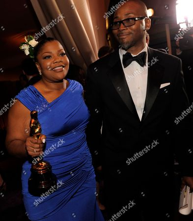 """Mo'Nique Sidney Hicks Oscar winner Mo'Nique and her husband Sidney Hicks attend the Governors Ball following the the 82nd Academy Awards, in the Hollywood section of Los Angeles. Mo'Nique picked up the best supporting actress win for """"Precious."""" After a five-year hiatus, the actress has finally returned to the screen with indie film """"Blackbird"""