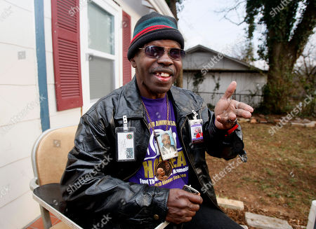 """Larry Platt Larry Platt performs his rap """"Pants on the Ground"""" outside his home in Atlanta, in Atlanta. Platt performed the song during an audition for American Idol"""