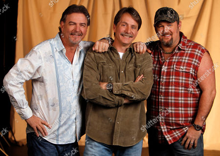 Bill Engval, Jeff Foxworthy, Larry the Cable Guy Blue Collar comedians from left, Bill Engvall, Jeff Foxworthy and Larry the Cable Guy are shown in Nashville, Tenn