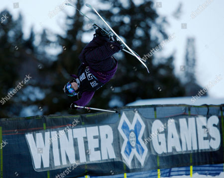 Sarah Burke Sarah Burke of Whistler, B.C., Canada competes during the women's skiing superpipe final round at the Winter X Games at Buttermilk Mountain outside Aspen, Colo., on