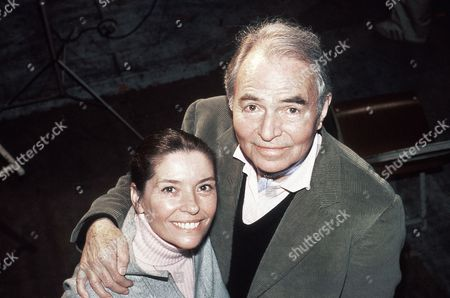 British actor James Mason with his second wife Clarissa Kaye in New York City, USA in 1979