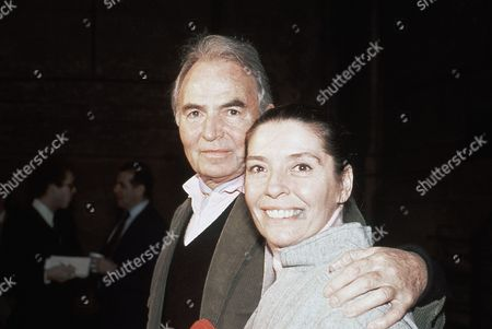 British actor James Mason with his second wife Clarissa Kaye in New York City, USA in 1979 at an unknown location