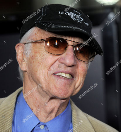 """Haskell Wexler Cinematographer Haskell Wexler arrives at the premiere of the film """"The Imaginarium of Dr. Parnassus"""" at AFI Fest 2009 in Los Angeles"""