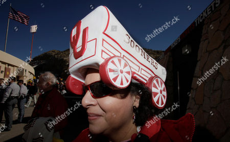 Editorial picture of Sun Bowl Oklahoma Stanford Football, El Paso, USA