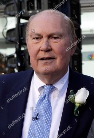 "Willard Scott Willard Scott, weathercaster on the NBC ""Today"" television program, appears on the show in New York"