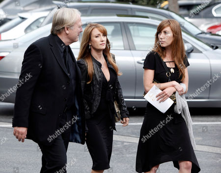 James Keach, Jane Seymour, Katie Flynn James Keach, left, Jane Seymour, center, and Katie Flynn arrive at the funeral of David Carradine, in Los Angeles