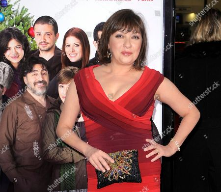 "Elizabeth Pena Elizabeth Pena poses as she arrives for the Los Angeles premiere of ""Nothing Like the Holidays,"" in Los Angeles. The ""La Bamba"" and ""Lone Star"" actress Pena, 55, has died. Pena's manager, Gina Rugolo, said the actress died, in Los Angeles of natural causes after a brief illness"