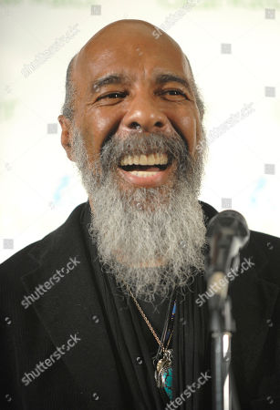 Stock Photo of Richie Havens Singer Richie Havens makes an appearance in the press room at the Clearwater Concert celebrating Pete Seeger's 90th birthday at Madison Square Garden, in New York. Havens, who sang and strummed for a sea of people at Woodstock, has died at 72. His family says in a statement that Havens died, of a heart attack