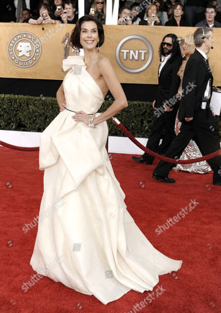 Terri Hatcher Terri Hatcher arrives at the 15th Annual Screen Actors Guild Awards, in Los Angeles
