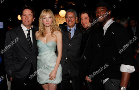 "Timothy Hutton, Beth Riesgraf, Christian Kane, Aldis Hodge, Dean Devlin Timothy Hutton, left, Beth Riesgraf, second from left, Dean Devlin, center, Christian Kane, second from right, and Aldis Hodge, all in the show ""Leverage"" pose for a picture at the Turner Entertainment Network's Upfront event in New York"